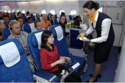 当撒泼的中国乘客遇上美国空姐