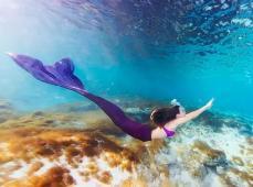 她拍的大片不输周星驰,她镜头中的美人鱼比林允张雨绮还美!
